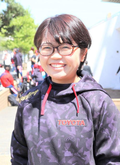 トヨタ自動車女子ソフトボール部 レッドテリアーズ トレーナー 伊藤先生